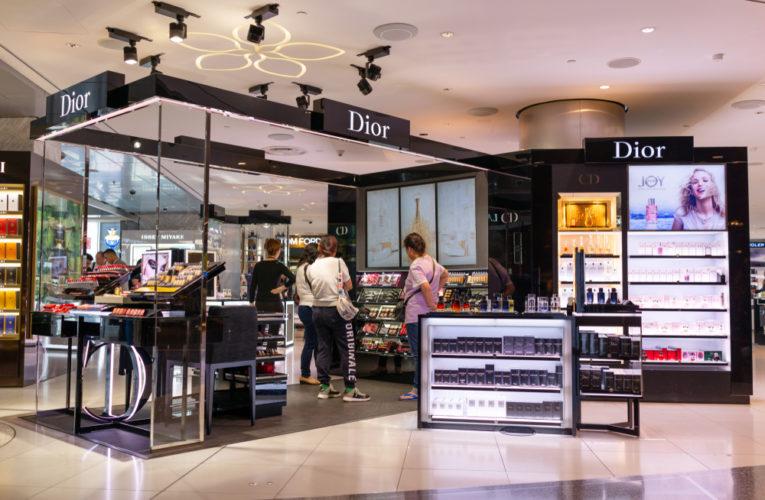 Parfums et Cosmétiques : avancées rapides des ventes directes et sélectivité maintenue de la distribution